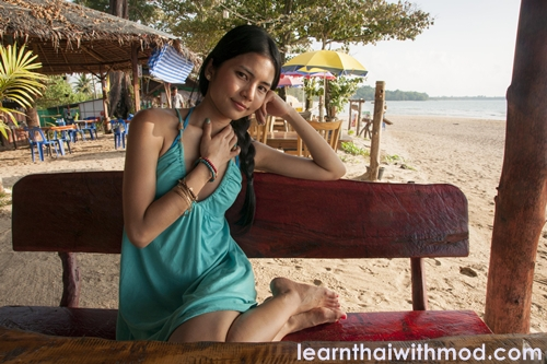 small and simple place to eat can be found along the beaches in Khaolak